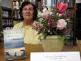 Books in Bloom - Virginia Woolf